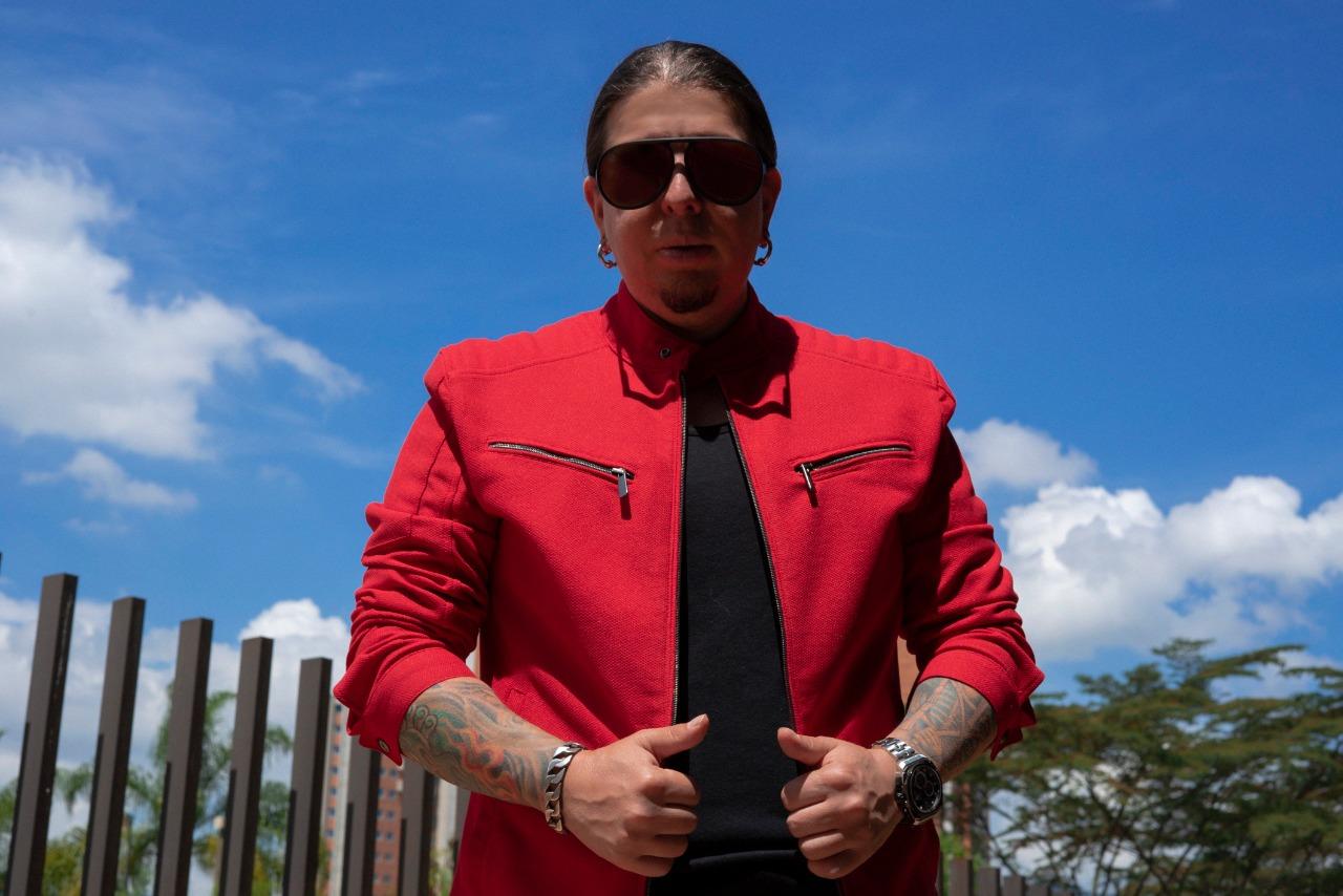 Nicolás López, el empresario que desarrolla artistas para su crecimiento en la industria musical